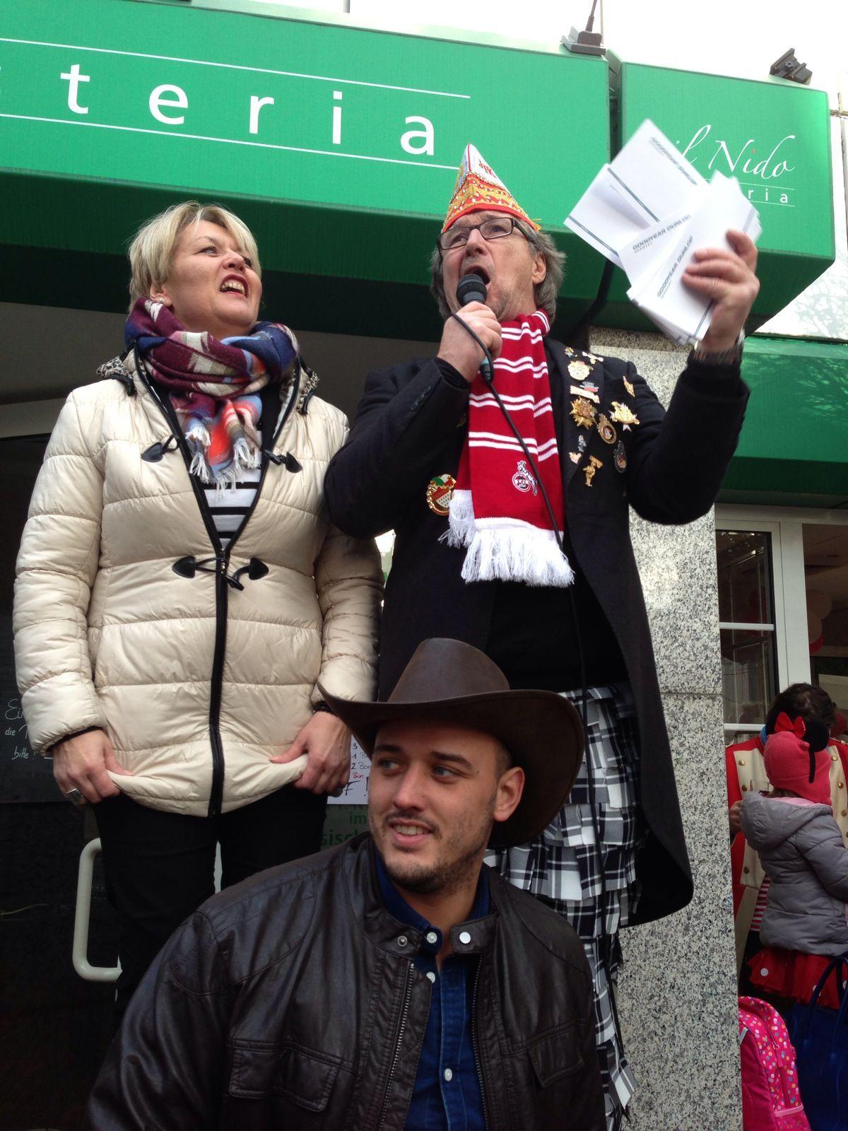 Karneval feiern im il Nido in Koöln Rodenkrirchen. und After Zoch Party bei uns!