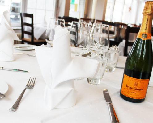 Osteria Restaurant il nido in Köln Rodenkirchen serviert Ihnen frische italienische Spezialitäten und leckere Weine!